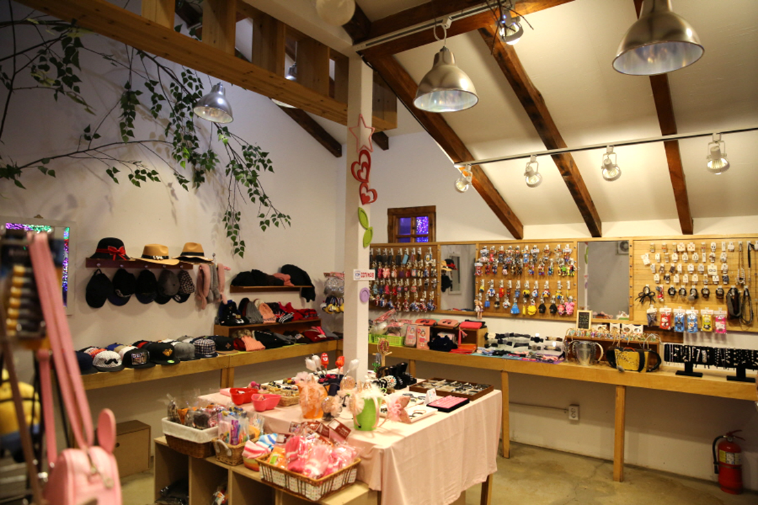 Gift shop 사진